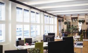 Koronawirus: firmy zwalniają pracowników. Pracę może stracić nawet co drugi