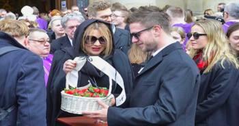 truskawki na pogrzebie Królikowskiego