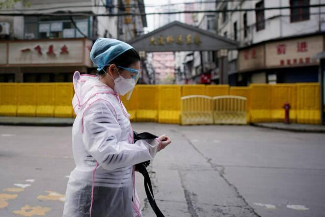 Liczba ofiar koronawirusa w Chinach znów rośnie