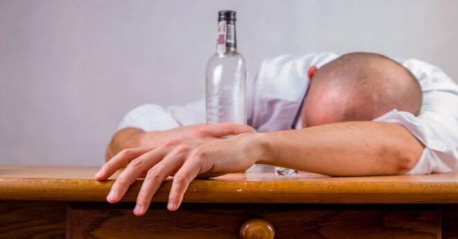 Picie alkoholu a koronawirus