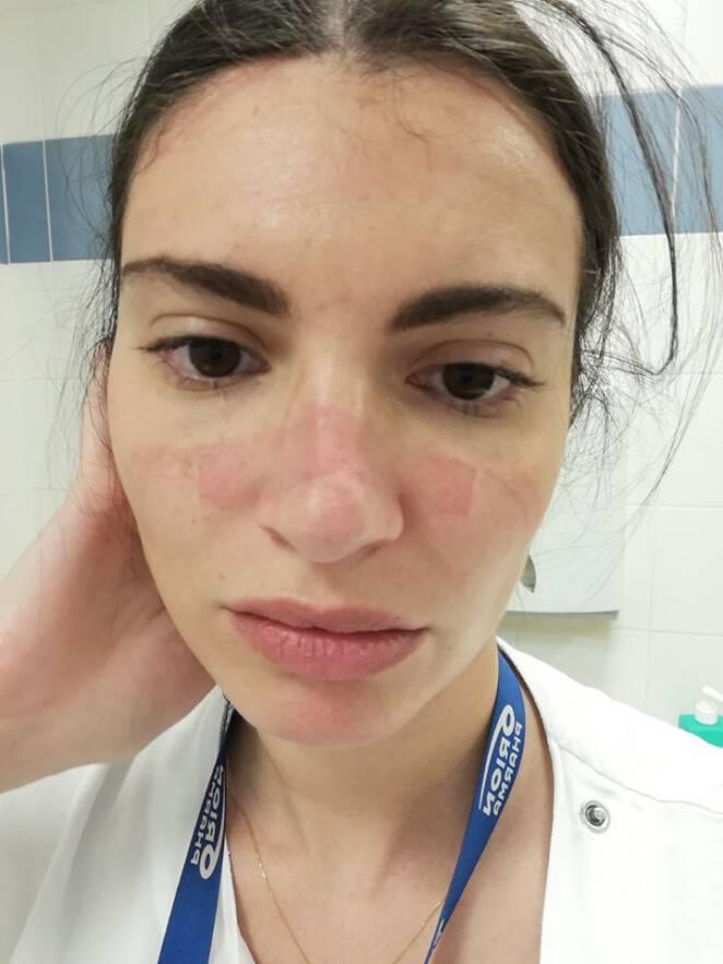 Selfie medyków po walce z koronawirusem