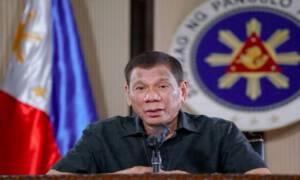 Strzelanie do osób łamiących kwarantannę? Szokujące zarządzenie na Filipinach