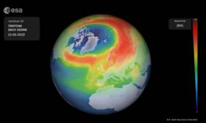 Wielka dziura ozonowa nad Arktyką