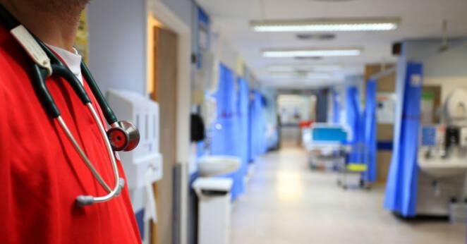 raport Ministerstwa Zdrowia o koronawirusie