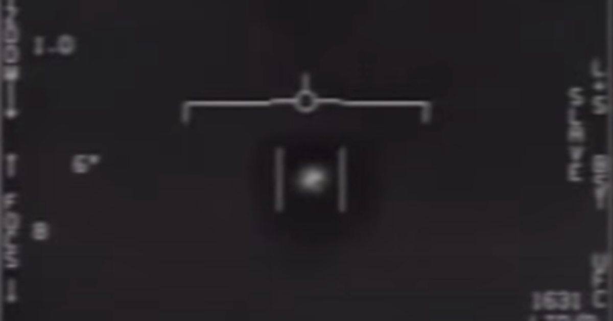 pentagon sfilmował UFO