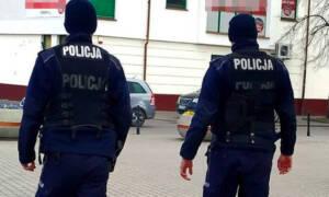 Uprawnienia policji w czasie pandemii. O co mogą Cię zapytać? Co mogą zrobić?