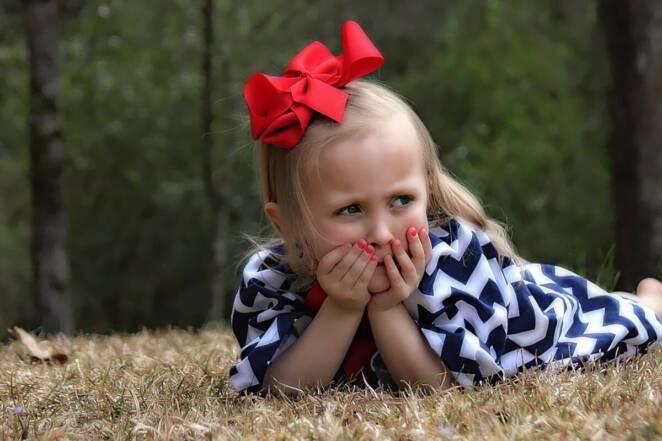 sokowirówka wciągnęła rączkę 2-latki