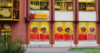 Biedronka obiecuje nowym pracownikom 6500 zł 0