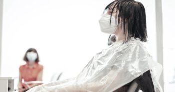 Koronawirus u fryzjera