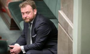 MZ kupiło maseczki od znajomego ministra Szumowskiego. Teraz żąda zwrotu gotówki