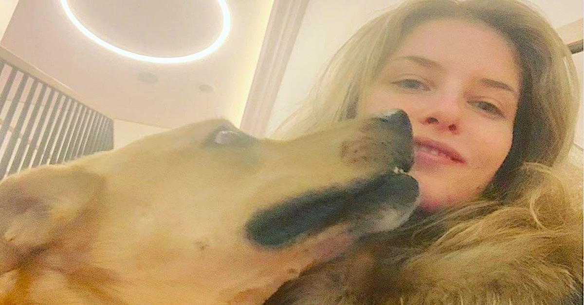 aktorka pogryziona przez psa