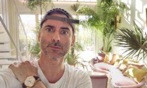 Jak mieszka Marcin Tyszka? Jego apartament przypomina egzotyczny ogród