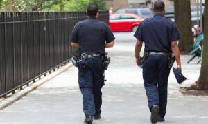 Mandat za nieprawidłowe noszenie maseczki! Policjanci mają pełne ręce roboty