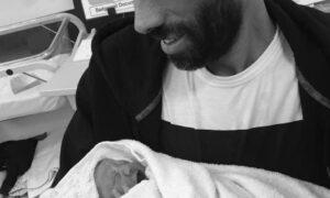 Zdążył przywitać i przytulić swoją córeczkę. Dwa dni później już nie żył