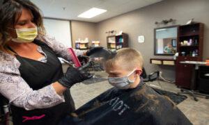 Otwarcie salonów fryzjerskich i kosmetycznych możliwe już w maju! Co się zmieni?