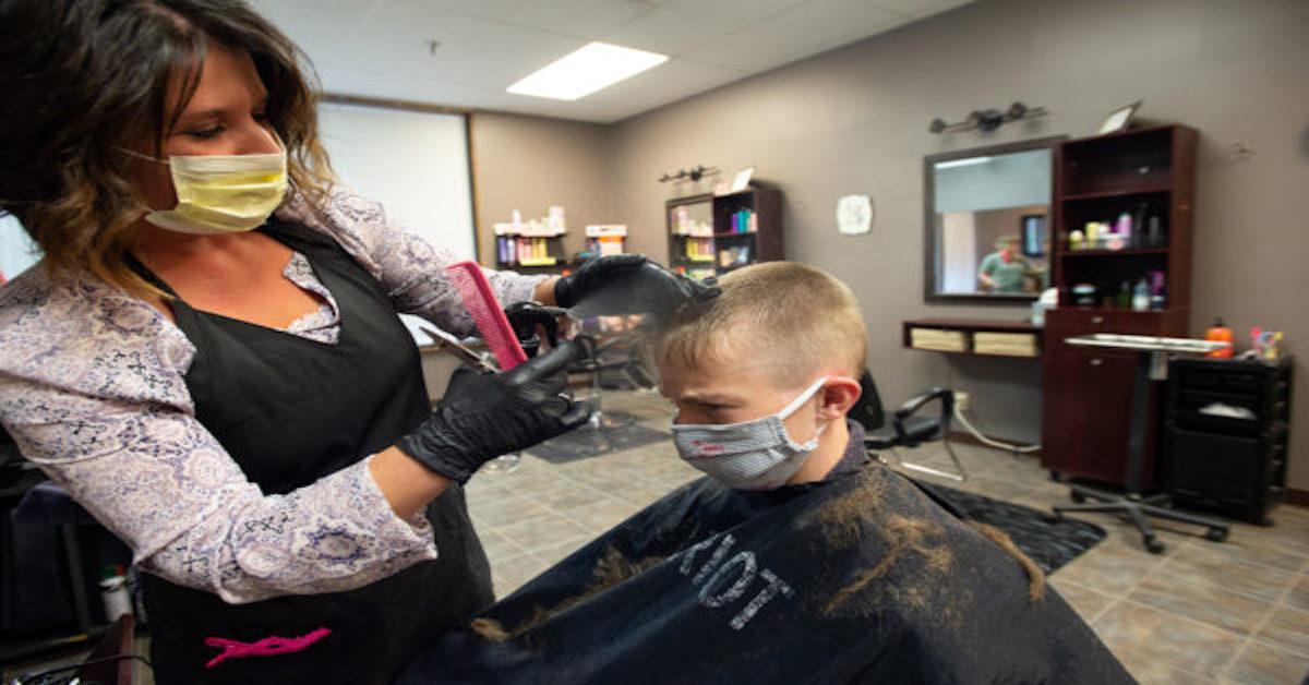 otwarcie salonów fryzjerskich i kosmetycznych