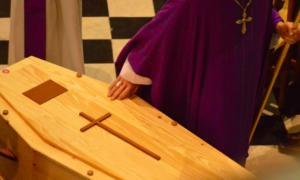 17-letni Bartek umierał w męczarniach. Rodzinie kazano pochować go w worku