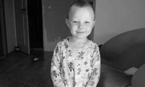 Pogrzeb 3,5-letniego Kacperka. Przerywał go rozpaczliwy płacz matki