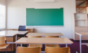 Powrót dzieci do szkoły, ale tylko w wybranych miastach i na nowych zasadach