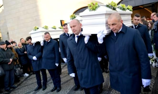 w Bukowinie stracił żonę i córki