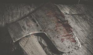 Kapłan odrąbał głowę 52-letniego kolegi siekierą i złożył jego ciało w ofierze