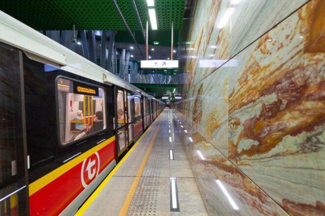 4 stacje metra zamknięte