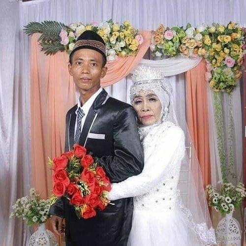 Poślubiła przybranego syna