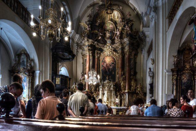 Dlaczego przestajemy chodzić do kościoła