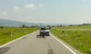 """Kierowca zaatakował dwoje rowerzystów. """"Postanowił wymierzyć sprawiedliwość"""""""