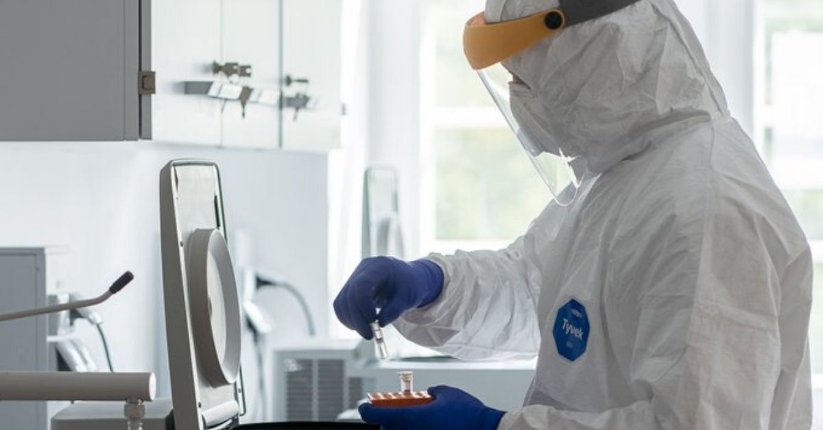 Trzy nowe objawy koronawirusa