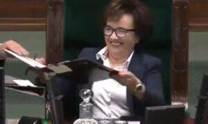 Atak śmiechu marszałek Sejmu przy powoływaniu… członków komisji ds. pedofilii