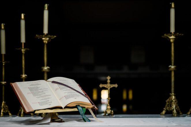 Koronawirus na mszy świętej