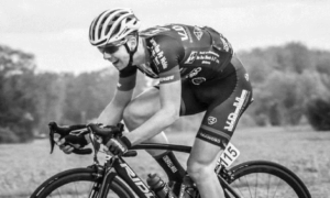 Tragedia podczas wyścigu kolarskiego! 20-letni zawodnik zmarł na zawał serca