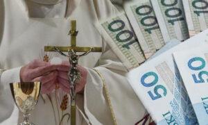 Nowy rekord wydatków państwa na składki duchownych! Kwota robi wrażenie