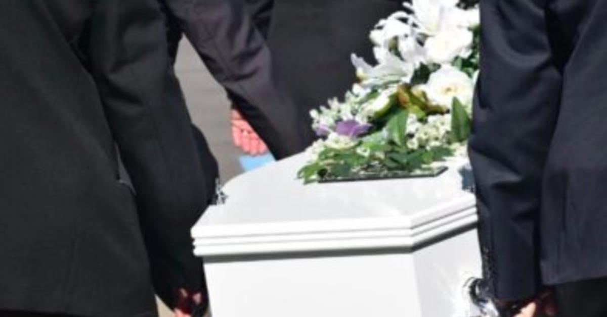 pogrzeb chłopca zagryzionego przez psa