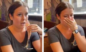 Kelnerka otrzymała gigantyczny napiwek. To zaskakujące, kto jej go wręczył