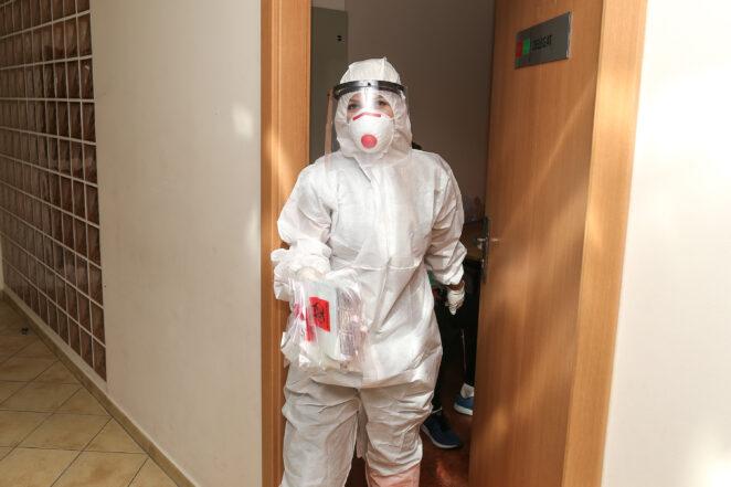Codziennie tysiąc zakażeń koronawirusem