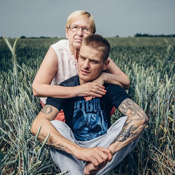 Komenda usunie tatuaże