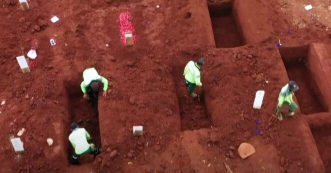 kopią groby za karę