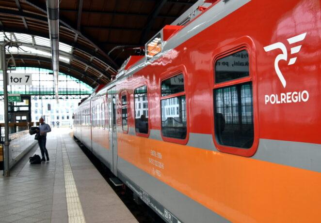 Pasażer pociągu zakażony koronawirusem