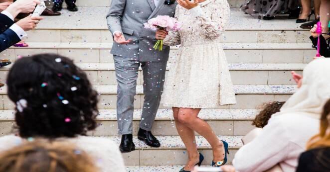 Ciężarna została zaproszona na ślub
