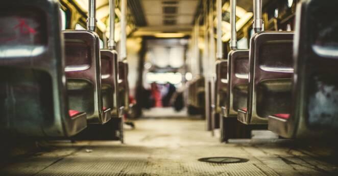 Autobus zawiózł pasażerkę do szpitala