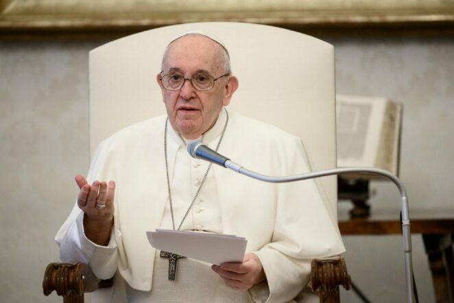 Papież zaszczepi się przeciwko Covid-19