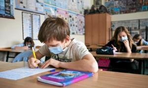 Kiedy dzieci wrócą do szkół? Minister zdrowia ujawnia wstępną datę