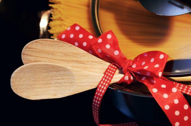 Drewniana łyżka do jajecznicy