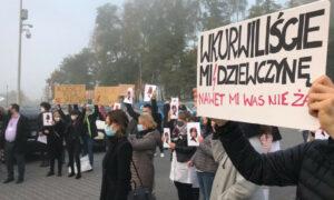 Pielęgniarki rozpoczęły protest. Sprzeciwiają się zaostrzeniu prawa aborcyjnego