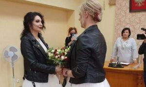 Pierwszy lesbijski ślub w Polsce. Czy ceremonia odbyła się wbrew prawu?