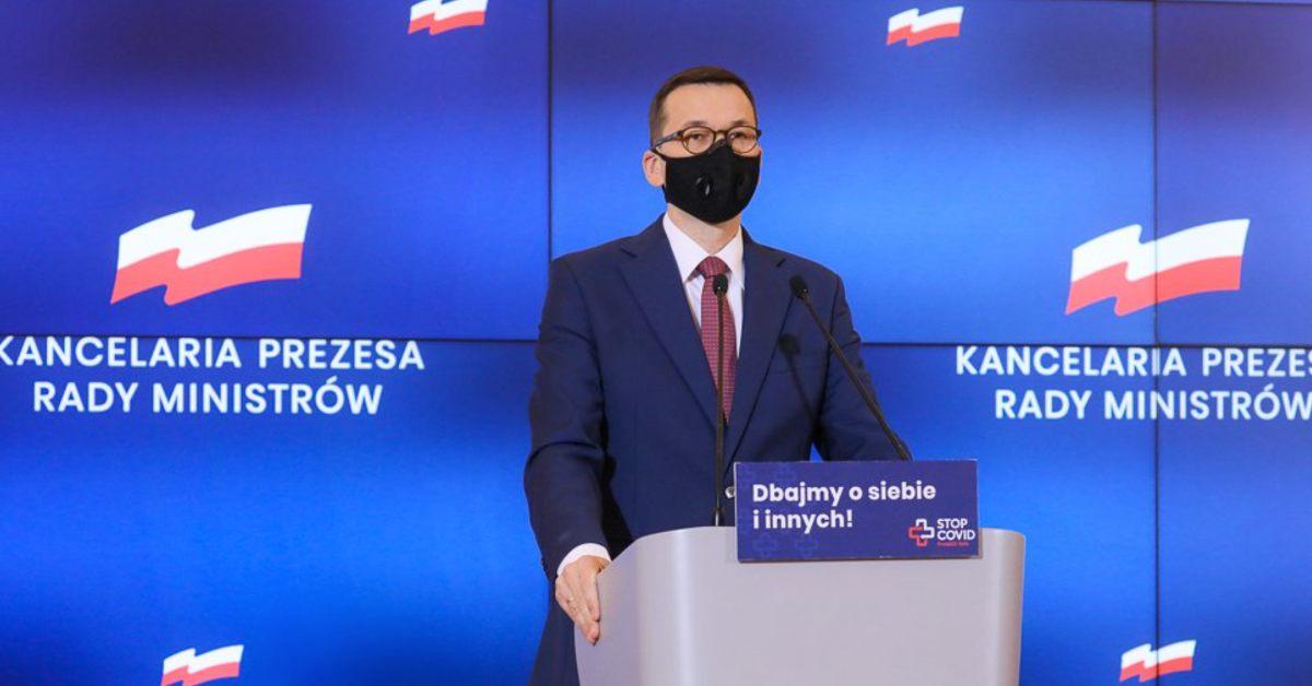 Premier planuje Polakom ferie