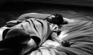 Sen o zmarłym: co oznacza, kiedy widzimy zmarłą osobę jako żywą?
