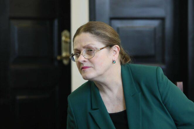 Trudna decyzja Krystyny Pawłowicz